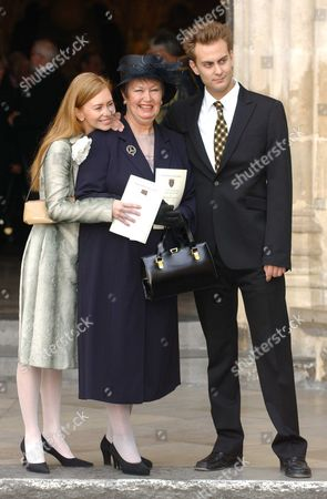Service of Thanksgiving at Westminster Abbey For the Life & Work of Dame Thora Hird Dme the Family Her Daughter Miss Janette Scott and Grandchildren James & Daisy Torme