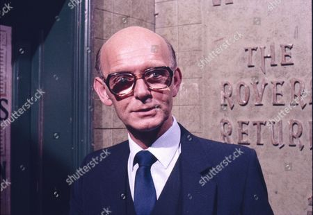 Anthony Benson (as Mr Harrison)
