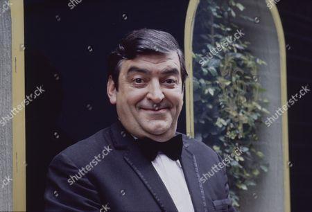Stock Photo of Ray Marioni (as Leonardo)