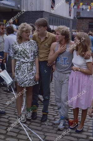 Janette Beverley (as Elaine Pollard) Kevin Kennedy (as Curly Watts) Christopher Quinten (as Brian Tilsley) and Helen Worth (as Gail Tilsley)