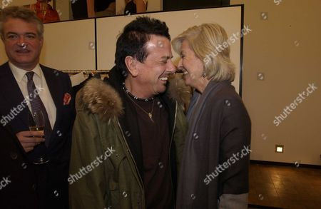Dom Perignon & Hamiltons Gallery in Carlos Place Last Night Hosted A Exhibtion of Photographs by David Bailey 'Platinum' These Are A Exclusive Set of Vintage Bailey Platinum Prints Called 'The Dom Perignon Collection Nicky Haslem & Diana Donovan