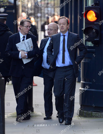 Arrivals For National Newspapers Editors at Number 10 Downing Street Westminster London Daily Telegraph Tony Gallagher & the Independent Chris Blackhurst with the Mail On Sunday Geordie Greig