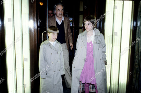 1982 Outside Langan's Brasserie Mayfair Richard Gregson with His Daughter by Natalie Wood Natasha Gregson (12) with Her Step-sister Courtney Wagner (8)