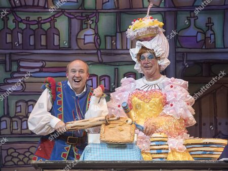 Matthew Kelly as Sarah the Cook, Tim Vine as Idle Jack