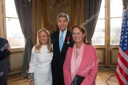 Ambassador of USA in France, Jane D. Hartley U.S. Secretary of State John Kerry and French Minister of Ecology Segolene Royal