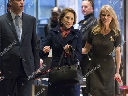 Former Republican presidential primary candidate Carly Fiorina and Kellyanne Conway are seen in the lobby of Trump Tower