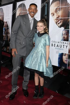 Stock Picture of Will Smith and Kylie Rogers