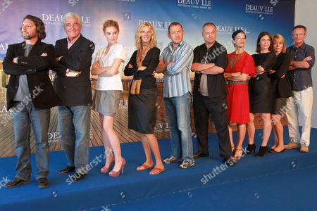 Members of the Jury (l-r) French Director Bruno Podalydes French Screenwriter Jean-loup Dabadie Belgian Actress Deborah Francois French Actress Sandrine Kiberlain French Director/actor Dany Boon French Director and President of the Jury Jean-pierre Jeunet Israeli Actress Hiam Abbas French Actress Geraldine Pailhas Belgian Actor Emilie Dequenne and French Director Patrice Leconte Pose During a Photocall at the 35th Deauville American Film Festival in Deauville France 07 September 2009 the Festival Runs From 04 to 13 September 2009