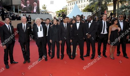 Cast and Crew Members of the Film 'Un Prophete' Including Director Jacques Audiard (2nd L) Actor Niels Arestrup (3rd L) Hichem Yacoubi (c) and Leila Bekhti (2nd R) Arrive For the Gala Screening of the French/ Italian Film 'Un Prophete' by Jacques Audiard Running in Competition in the 62nd Edition of the Cannes Film Festival in Cannes France 16 May 2009