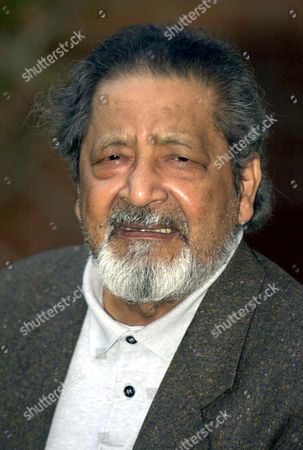 Salterton United Kingdom: Picture Dated 11 October 2001 in Salerton Shows V S Naipaul the Trinidad-born British Author Whose Restless Quest For the Roots in a Post-colonial World Redefined Outdated Notions of Identity who Won the Nobel Literature Prize 11 October 2001 For Works That Compel Us to See the Presence of Suppressed Histories  the Swedish Academy Said