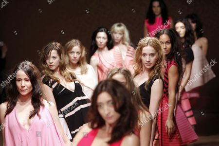 Models Take to the Catwalk Wearing Creations As Part of the Estrella Archs Ready to Wear Spring/summer 2011 Collection Presented During the Paris Fashion Week in Paris France 03 October 2010 the Fashion Week Runs From 28 September to 06 October France Paris