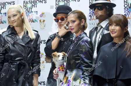 Japanese Celebrities Fashion Model Ai Tomonaga (l-r) Rapper Musician Verbal Pon-chan (artist Takeshi Murakami's Dog and Event Mascot) Fashion Model Anna Tsuchiya Musician Kento Mori and Transexual Celebrity Ai Haruna Pose During the Vogue Fashion's Night out 2010 in the Ometesando Fashion District of Tokyo Japan 11 September 2010 Vogue Fashion's Night out First Started in 2009 Under the Supervision of the Us Vogue Editor-in-chief Anna Wintour the 2010 Edition of the Fashion Event is Held in 16 Countries Japan Tokyo