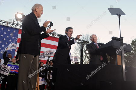 Us Vice President Joe Biden (l) Democratic Candidate For the House of Representatives John Carney (c) of Delaware and Democratic Candidate For Senate Chris Coons (r) of Delaware Attend a Rally For Democratic Candidates on the Eve of Midterm Elections in Wilmington Delaware Usa 01 November 2010 United States Wilmington