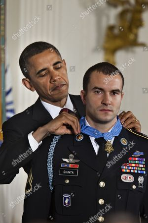 U S President Barack Obama Awards Army Staff Sergeant Salvatore Giunta the Medal of Honor For Conspicuous Gallantry the Highest Award For Valor Bestowed Upon an Individual Serving in the Us Armed Forces in the East Room of the White House on 16 November 2010 Giunta is the First Time Living Recipient of the Medal Since the Vietnam War Giunta Earned the Medal of Honor For His Actions in Afghanistan United States Washington