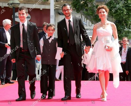 French Director Raphael Nadjari (2-r) Arrives with Israeli Cast Members Michael Moshonov (l) Yonathan Alster (2-l) and Limor Goldstein (r) For the Screening of His Film 'Tehilim' Running in Competition at the 60th Cannes Film Festival 20 May 2007 in Cannes France