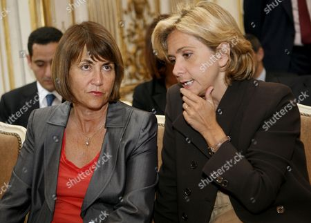 French Higher Education and Research Minister Valerie Pecresse (r) Chats with Culture Minister Christine Albanel (l) at Matignon in Paris France 14 May 2009 During the Presentation and Launching of the Cultural Council of Union For the Mediterranean the Union For the Mediterranean is a Community Initiated On 13 July 2008 by French President Nicolas Sarkozy As a Development of the Euromediterranean Partnership the Act Unites All Eu Members with Several Non-eu Countries That Border the Mediterranean Sea