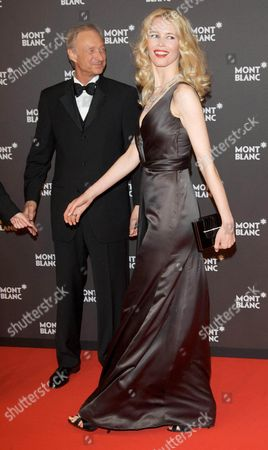 Lutz Bethge (CEO Mont Blanc International), Claudia Schiffer