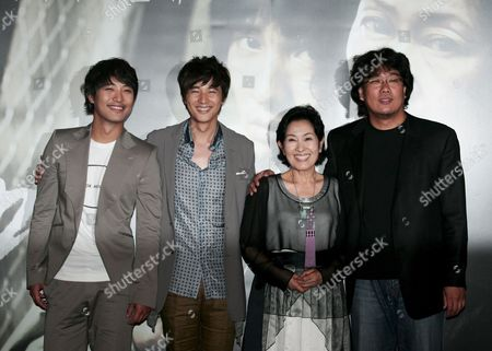 (l-r) South Korean Actors Jin-goo Won-bin Kim Hye-ja and South-korean Director Bong Joon-ho Pose During the Premiere of Their Film 'Mother 2009' at the Yongsan Cgv in Seoul South Korea 20 May 2009 the Film Will Open in South Korean Theatres On 28 May