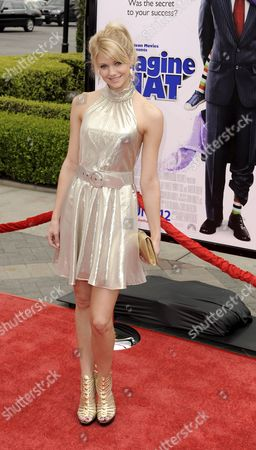 Us Actress Katie Gill Arrives For the Premiere of 'Imagine That' in Los Angeles California Usa 06 June 2009 'Imagine That' is a Family Comedy About a Financial Executive Who Finds a Solution to His Career Crisis in His Daughter's Imaginary World