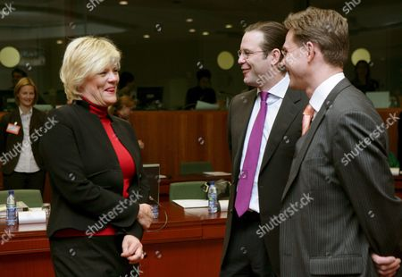 Norwegian Finance Minister Kristin Halvorsen (l) Jokes with Swedish Finance Minister Anders Borg (c) and Finland's Minister of Finance Katainen (r) at the Start of the Econfin Council Meeting in Brussels 13 November 2007 European Finance Ministers Pressed China to Let Its Currency Strengthen So Their Economy No Longer Bears the Brunt of the Drop in the U S Dollar