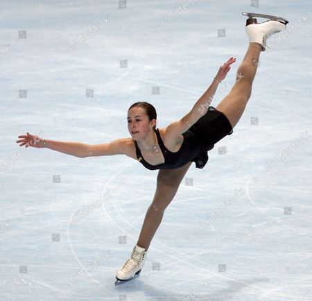 Kimmie Meissner of the Usa Performs During the Ladies Free Skating Competion As Part of the Eric Bompard Figure Skating Trophy in Paris On Saturday 18 November 2006 Meissner Placed Third