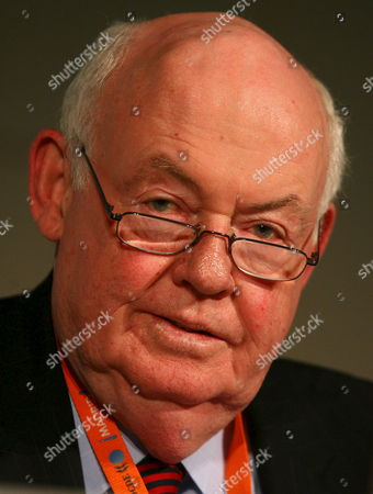 Stock Image of John J Sweeney President of the American Federation of Labor Attends the Organization For Economic Cooperation and Development (oecd) Forum in Paris On Monday 22 May 2006