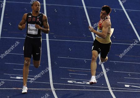 German Robert Hering (r) and Wallace Spearmon of Usa Cross the Finish Line in the 200m Heat 2nd Round at the 12th Iaaf World Championships in Athletics Berlin Germany 18 August 2009 Germany Berlin