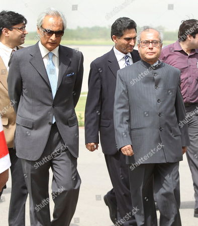 India's Foreign Minister Parnab Mukhterjee (r) Walks with Shahid Malik Pakistan's High Commissioner (ambassador) to New Delhi Upon His Arrival at the Islamabad International Airport in Islamabad Pakistan 20 May 2008 Parnab Mukherjee is On an Official Visit of Islamabad to Discuss with Islamabad's New Civilian Leadership a Stagnant Peace Process Officials Said the Nuclear Armed Neighbors Pakistan and India Are Currently Engaged in a Peace Process to Resolve All Outstanding Issues Including Kashmir the Disputed Region That Has Triggered Two of the Three Wars Since Their Independence From Britain in 1947