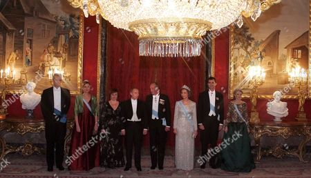 Russian President Vladimir Putin(c) His Wife Lyudmila (3d-l) Spain's King Juan Carlos (4th-r) Queen Sofia (3nd-r) Crown Prince Felipe (2nd-r) and Princess Letizia (r) Inaki Urdangarin (l) and His Wife Infanta Cristina Federica De Borbon Y Grecia (2nd-l) Poses For Photographer Behind Official Reception of Spain King in Palasio De-oriente King's Residence in Madrid Wednesday 08 February 2006 Vladimir Putin Arrived in Spain On a State Visits by Formal Invitation of King Juan Carlos i
