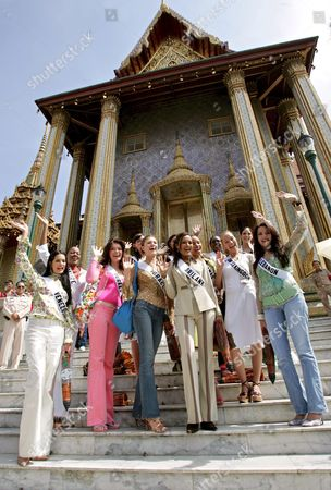 Miss Universe 2005 Contestants (front Row L-r) Monica Spear of Venezeula Dilek Aksoy of Turkey Elena Ralph of Israel Rozanne Diasz of Sri Lanka Denia Nixon of Bahamas Brooke Johnson of United Kingdom and Nadine Njeim of Lebanon (back Row L-r) Andrea Elrington of Belize Mary Gormley of Ireland Cindy Fabre of France Rachel Marete of Kenya and Cynthia Olavarria of Puerto Rico Wave During a Group Photo Session at the Temple of the Emerald Buddha Eastern Section of the Royal Palace Bangkok Thailand Wednesday 11 May 2005 82 Beauty Queens Come to Compete For the Most Coveted Beauty Title of the World in Thailand On Tuesday Thailand Bangkok