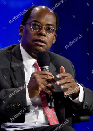 Roger Ferguson Jr President and Ceo of Tiaa-cref Speaks During the Fifth Annual Clinton Global Initiative in New York New York Usa On 25 September 2009 the Annual Meetings Which Run From September 22 Through 25 is Led by Bill Clinton to Address Poverty Health Climate Change and Other Worldwide Issues Drawing Activists and Political Leaders From Around the World