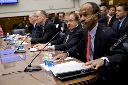 (l-r) Former Freddie Mac Ceo Richard Syron Former Fannie Mae Ceo Daniel Mudd Former Freddie Mac Ceo Leland Brendsel and Former Fannie Mae Ceo Franklin Raines Prepare to Testify Before the House Committee On Oversight and Government Reform's Hearing Titled 'The Role of Fannie Mae and Freddie Mac in the Financial Crisis' On Capitol Hill in Washington D C Usa 09 December 2008 the Hearing Will Examine the Extent to Which the Actions and Policies of Fannie Mae and Freddie Mac May Have Contributed to the Ongoing Crisis