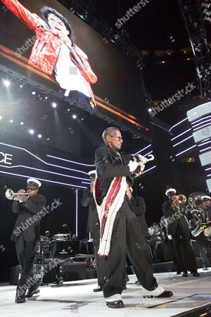 A Picture Dated 03 July 2009 Shows New Orleans Style Second Line and Funeral March in Memory of Late Us Singer Michael Jackson On Stage at the Essence Music Festival in the Louisiana Superdome in New Orleans Louisiana Usa This Year's 15th Anniversary Essence Music Festival Celebration is Set For 03 - 05 July in New Orleans and It's Performers Include Beyonce Maxwell Anita Baker Al Green John Legend Keri Hilson Robin Thicke Salt-n-pepa Ne-yo Raphael Saadiq En Vogue Eric Benet Sierra Leone Refugee All Stars Teena Marie and Many More Musical Artists