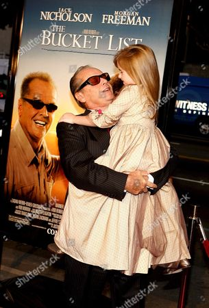 Us Actor Jack Nicholson (l) Hugs Actress Taylor Ann Thompson (r) at the Film Premiere of 'The Bucket List' in Los Angeles California Usa 16 December 2007 'The Bucket List' is the Story of Two Terminally Ill Men (jack Nicholson and Morgan Freeman) Who Escape From a Cancer Ward and Embark On a Road Trip to Do All of the Things They Ever Wanted to Do Before They Die
