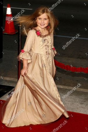 Us Actress Taylor Ann Thompson Arrives For the Film Premiere of 'The Bucket List' in Los Angeles California Usa 16 December 2007 'The Bucket List' is the Story of Two Terminally Ill Men (jack Nicholson and Morgan Freeman) Who Escape From a Cancer Ward and Embark On a Road Trip to Do All of the Things They Ever Wanted to Do Before They Die