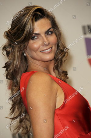 Presenter Montserrat Oliver Poses at the Latin Grammy Awards in Houston Texas Usa 13 November 2008 the Latin Grammy Awards Honor Excellence in the Recording Arts and Sciences Artistic And/or Technical Achievement with the Winners Chosen by the Votes of Their Peers