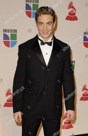 Entertainer Eugenio Siller Arrives For the Latin Grammy Awards in Houston Texas Usa 13 November 2008 the Latin Grammy Awards Honor Excellence in the Recording Arts and Sciences Artistic And/or Technical Achievement with the Winners Chosen by the Votes of Their Peers