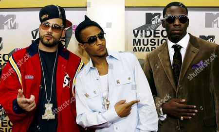 Musicians Dj Drama (l) T i (c) and Young Dro Arrive On the Red Carpet For the 2006 Mtv Video Music Awards at Radio City Music Hall in New York City Thursday 31 August 2006