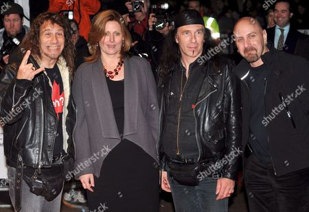 Sarah Brown (2-l) Wife of the British Prime Minister Gordon Brown Poses with Members of the Canadian Rock Band Anvil Steve Kudlow (l) Robb Reiner (2-r) and Glenn Five (r) As They Arrive For the Official Screening of the Film 'Anvil! the Story of Anvil' at the 52nd Times Bfi London Film Festival Held at the Odeon West End in Central London Britain 21 October 2008 Sacha Gervasi's Film is a of Documentary About Two Canadian Friends Who Formed a Rock Band and Went On to Influence the Likes of Metallica and Anthrax (before Things Went Wrong When They Toured Europe) Now in Their 50s the Band Head Back to the Studio to Record Their 13th Album