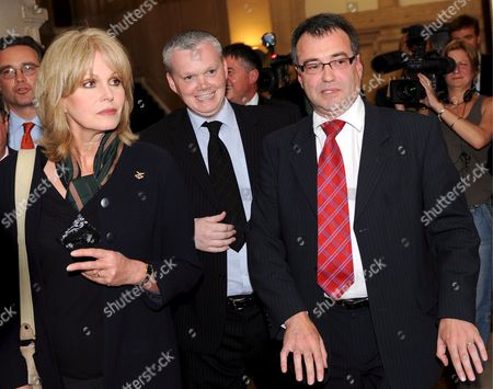 Britich Actress Joanna Lumley (l) with British Immmigration Minister Phil Woolas (r)(following a Meeting in London Britain 07 May 2009 Phil Woolas Sought to 'Reassure' Joanna Lumley That Rulings Rejecting Former Gurkha Soldiers' Rights to Settle in the Britain Will Be Reconsidered During Their Meeting 07 May the Immigration Minister Held a Hasty Meeting with the Actress and Gurkha Campaigner in the Bbc's Westminster Office to Discuss the Verdicts