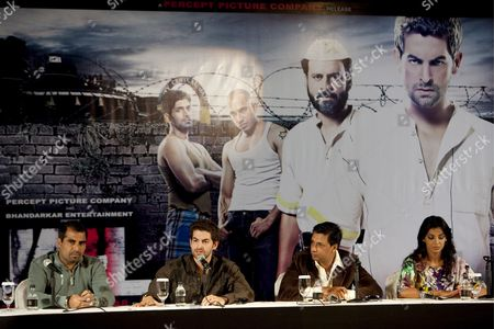 Producer Sanjay Mehta (l) Director Madhur Bhandarkar (c) and Stars Neil Nitin Mukesh (2-l) and Mugdha Godse (r) Speak to the Press at the Launch of Their Movie 'Jail' On the Second Day of the International Indian Film Academy (iifa) Awards Weekend at the Venetian Casino Resort in Macau China 12 June 2009 the Iifa Awards Are Often Referred to As the Bollywood Oscars Celebrating the International Nature of Indian Cinema This Marks the 10th Year of the Awards Which Are Held in a Different Country Each Year