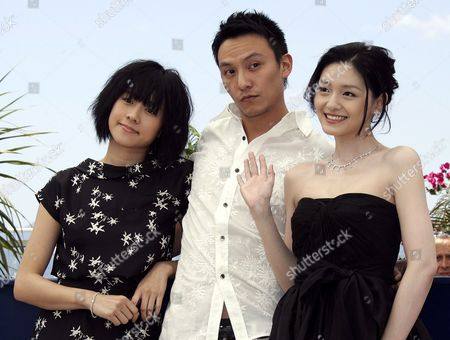 (l-r) Chinese Actress Karena Lam Chinese Actor Chen Chan and Chinese Actress Barbie Hsu Pose During a Photo Call For Their Film 'Guisi' by Chinese Director Chao-pin Su Running out of Competition at the 59th Cannes Film Festival Wednesday 24 May 2006 in Cannes