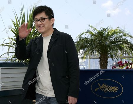Chinese Director Chao-pin Su Poses During a Photo Call For His Film 'Guisi' Running out of Competition at the 59th Cannes Film Festival Wednesday 24 May 2006 in Cannes