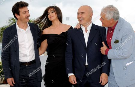 (l-r) Italian Actors Alessio Boni Monica Bellucci Luca Zingaretti and Italian Director Marco Tullio Giordana Pose For Photographers During a Photocall For the Film 'Une Histoire Italienne' Running out of Competition at the 61st Edition of the Cannes Film Festival 19 May 2008 in Cannes France