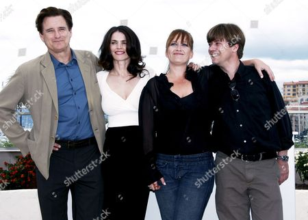 (l-r) Us Actor Bill Pullman British Actress Julia Ormond Us Director Jennifer Lynch and Us Producer Marco Mehlitz Pose For Photographers During a Photocall For Us Director Jennyfer Lynch's Film 'Surveillance' Running out of Competition at the 61st Edition of the Cannes Film Festival 21 May 2008 in Cannes France