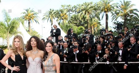 Model Doutzen Kroes (l) and Actress Evangeline Lilly (r) and Afef Jnifen (c) Arrive For the Gala Screening of Their Film 'Vengeance' by Johnny to Running in Competition During the 62nd Edition of the Cannes Film Festival in Cannes France 17 May 2009