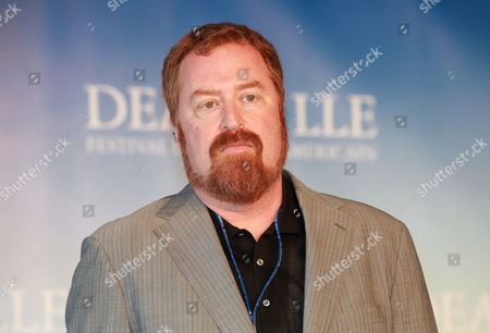Us Director R J Cutler Poses During the Photocall Before the Screening of His Film Cartoon 'The September Issue' During the 35th International Film Festival of Deauville France 05 September 2009 the Festival is Scheduled For 04 September to 13 September 2009