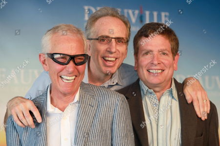 (l-r) Us Directors Screenwriters and Producers Jim Abrahams Jerry Zucker and David Zucker Also Known As the Zaz Pose During a Photocall at the 35th Deauville American Film Festival in Deauville France 08 September 2009 a Tribute to the Zaz Will Be Held During the Festival Running From 04 to 13 September 2009