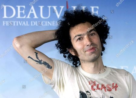 Us Director Azazel Jacobs Poses For Photographers at the 34th Deauville American Film Festival After the Screening of His Film 'Momma's Man' Presented in Competition in Deauville France 10 September 2008 the Festival is Scheduled For 5 September to 14 September 2008