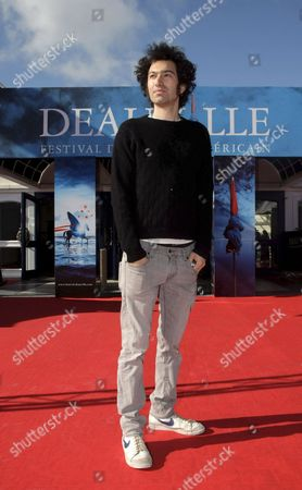 Us Director Azazel Jacobs Poses For Photographers As He Arrives to the 34th Deauville American Film Festival Prior to the Screening of His Film 'Momma's Man' Presented in Competition in Deauville France 10 September 2008 the Festival is Scheduled For 5 September to 14 September 2008